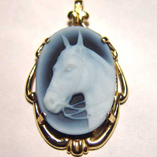 Banded agate horse head in bridle cameo pendant
