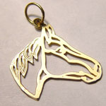 Open quarter horse head pendant.