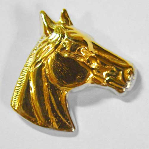 gold detailed horse head pendant