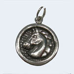 Sterling Silver horsehead inside round frame pendant