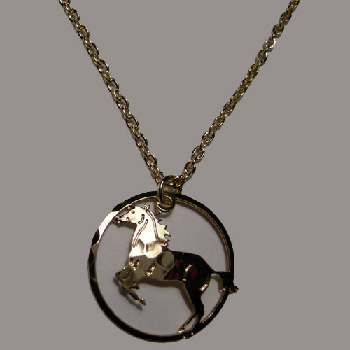14 kt.y.g. plated rearing horse in circle necklace