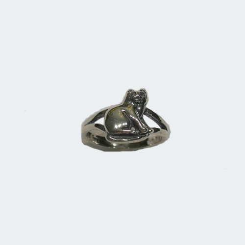 Sterling Silver sitting cat ring