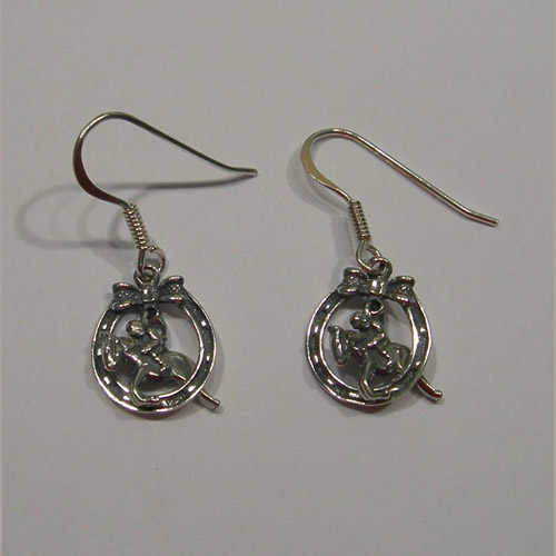 Sterling Silver hunter jumper inside horseshoe earrings